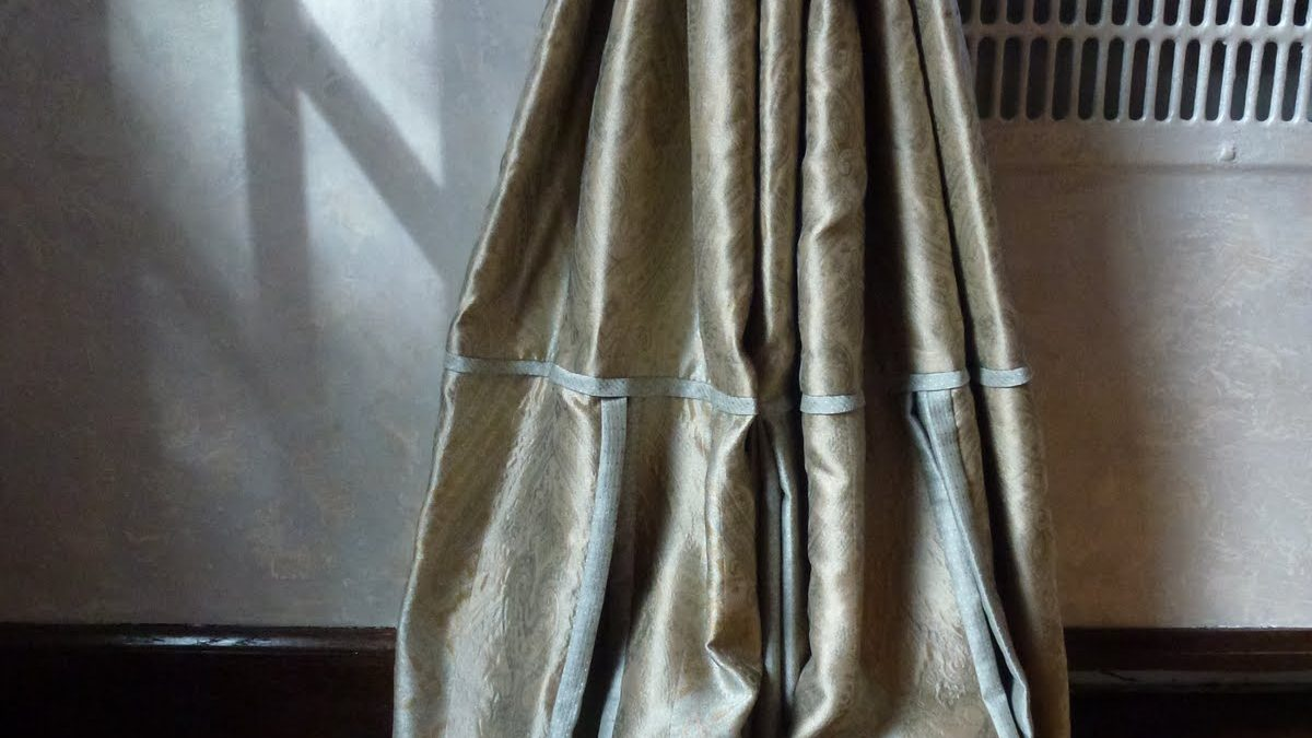 Close-Up of Pleated Hem